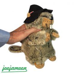 عروسک سنجاب کلاه دار