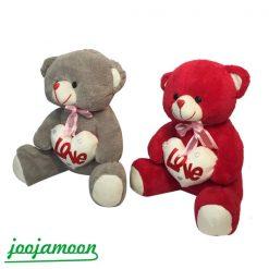 عروسک خرس قلب به دست عاشق
